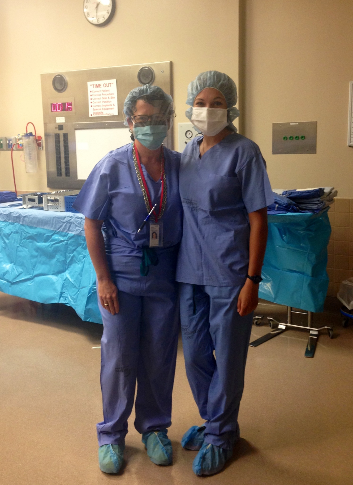 orthopedic surgeon Dr. Stacie Grossfeld and pre med intern Erica Ribenboim
