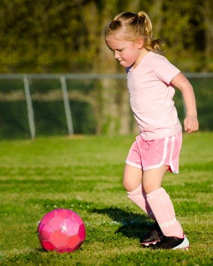 protection from sun during outdoor activity, youth soccer